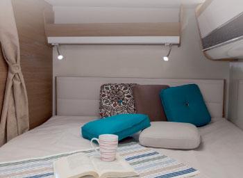 bedroom-pot-lights-elnagh-a-loft