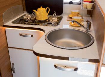 kitchen-elnagh-baron