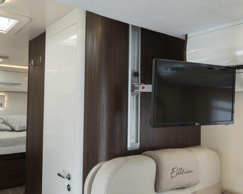 CI_Riviera-98-XT-Elite-(47)